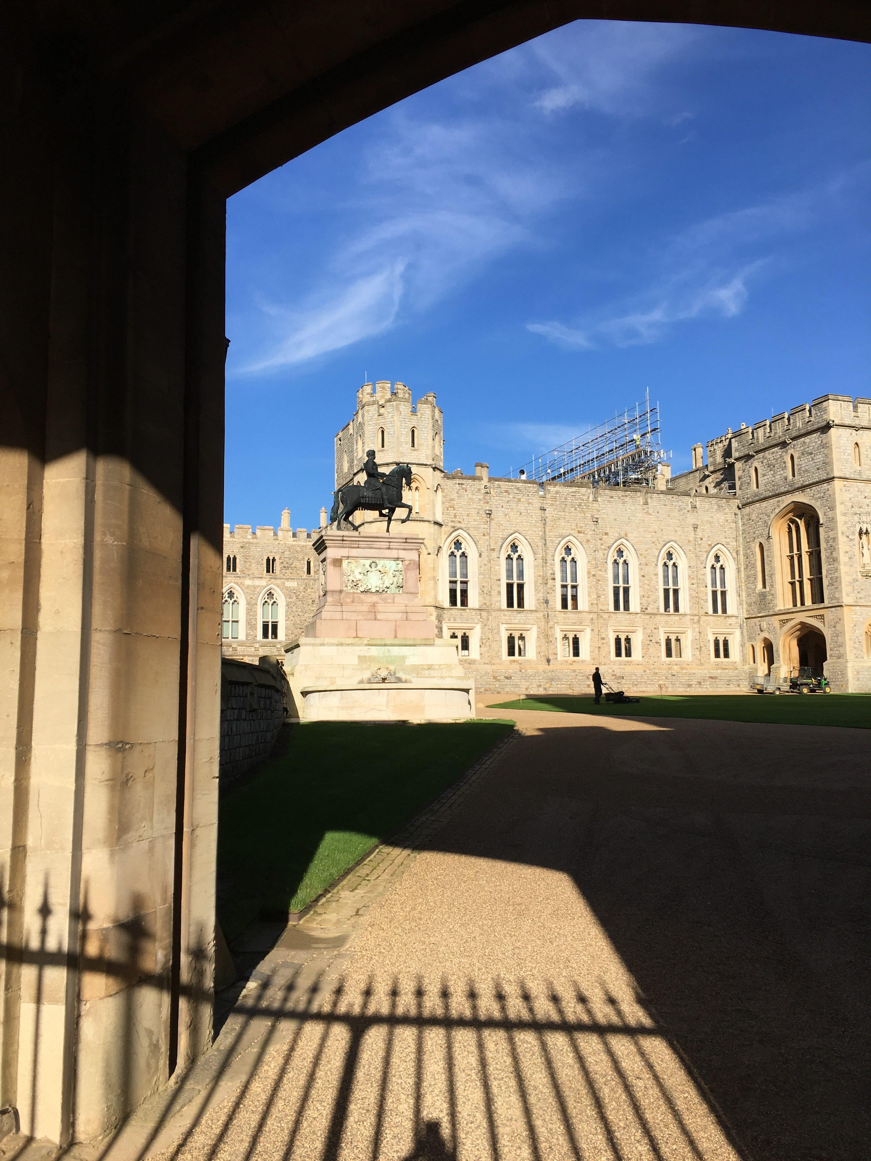 winsdor castle gate